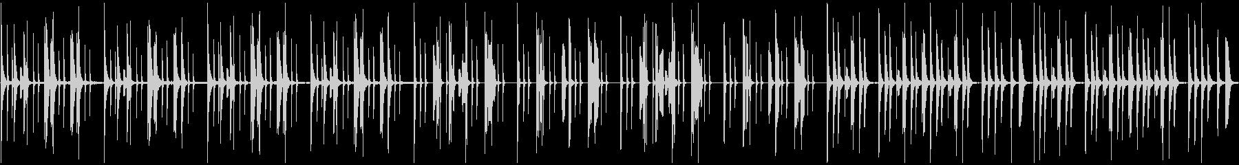 おどけた雰囲気の木琴と笛の楽曲の未再生の波形