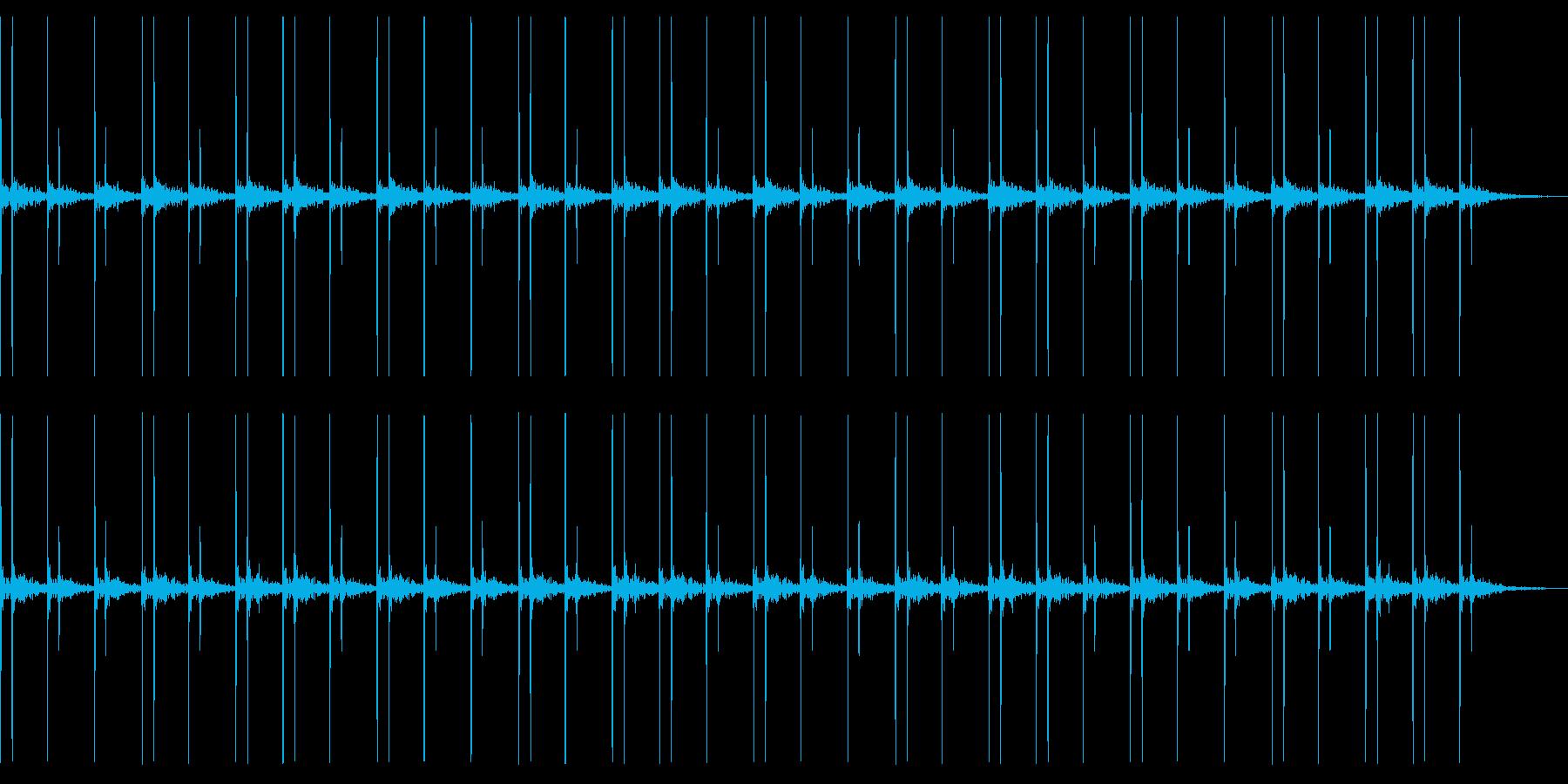 リバーブのかかった心臓音の再生済みの波形