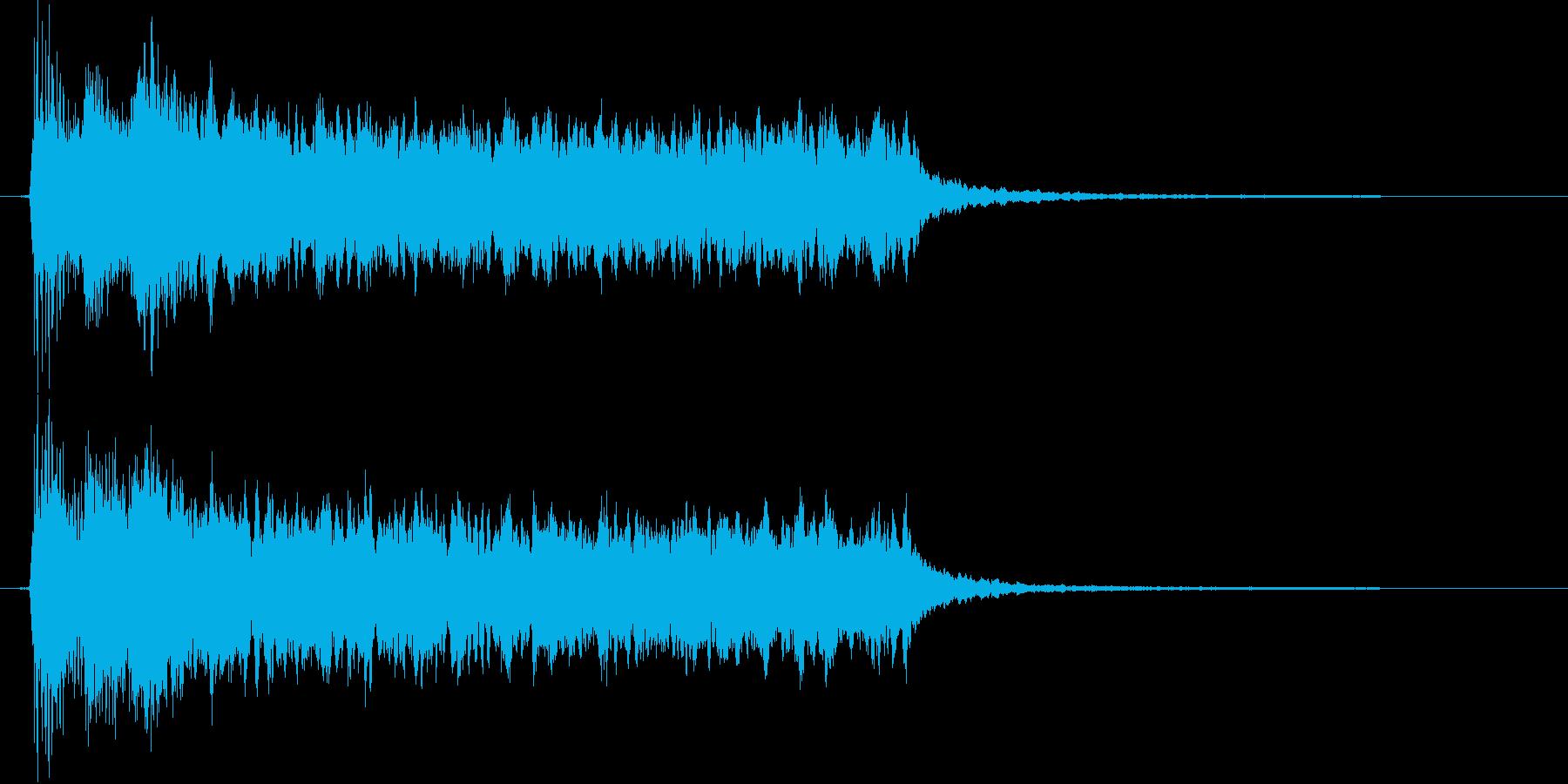 突発的なピアノシンセの再生済みの波形