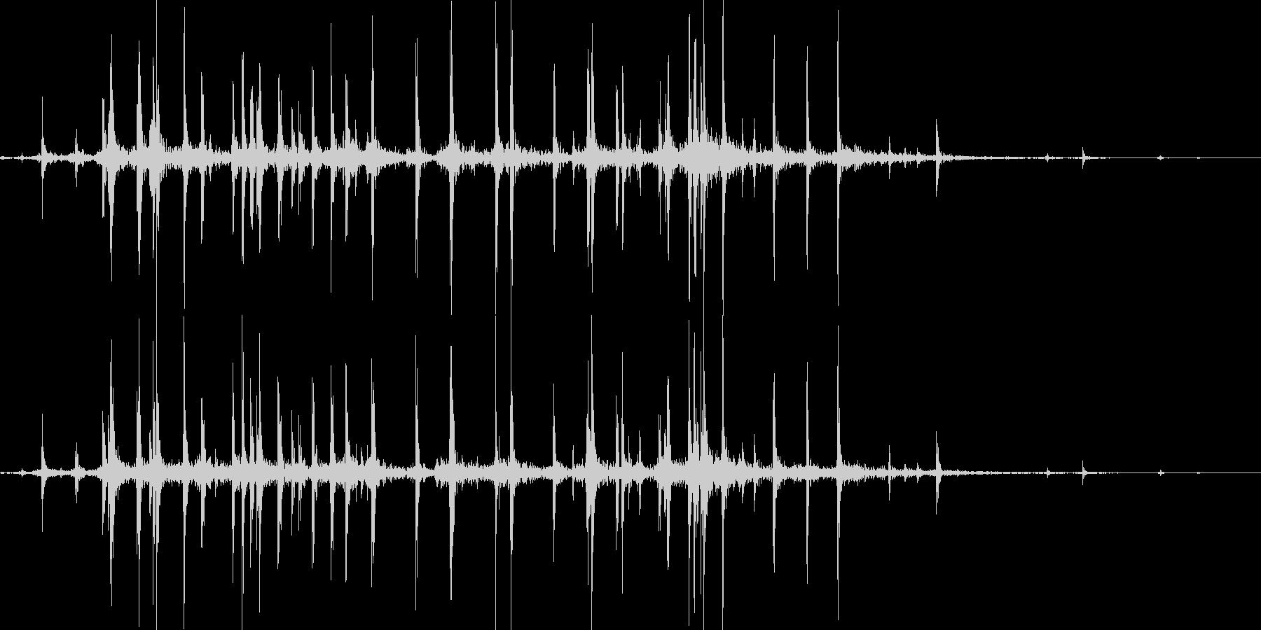 カードのリフルシャッフルの未再生の波形