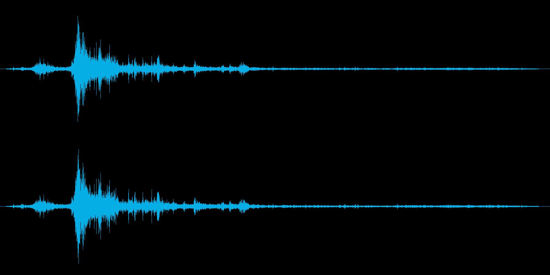 【雷 生録 環境02-1】の再生済みの波形
