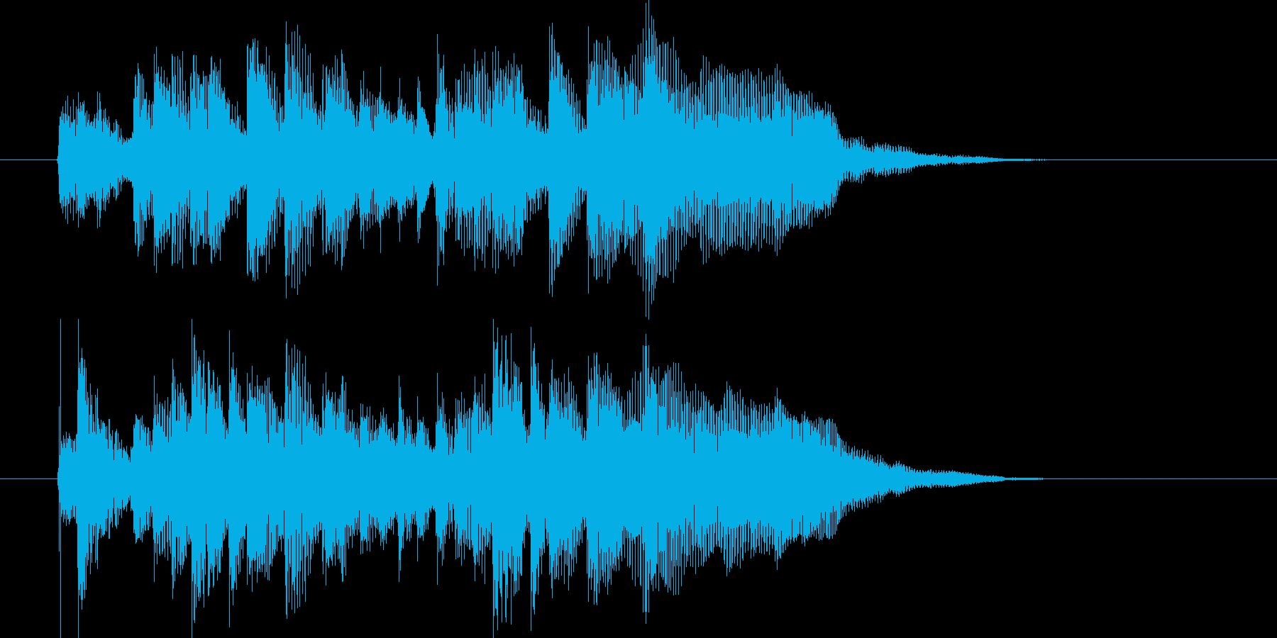 デジタルな音色の民族音楽の再生済みの波形