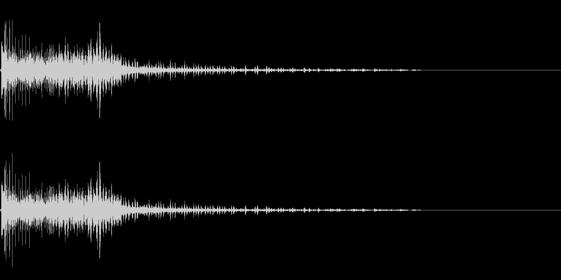 擬音【どくぅ〜ん】【エンコード192k…の未再生の波形