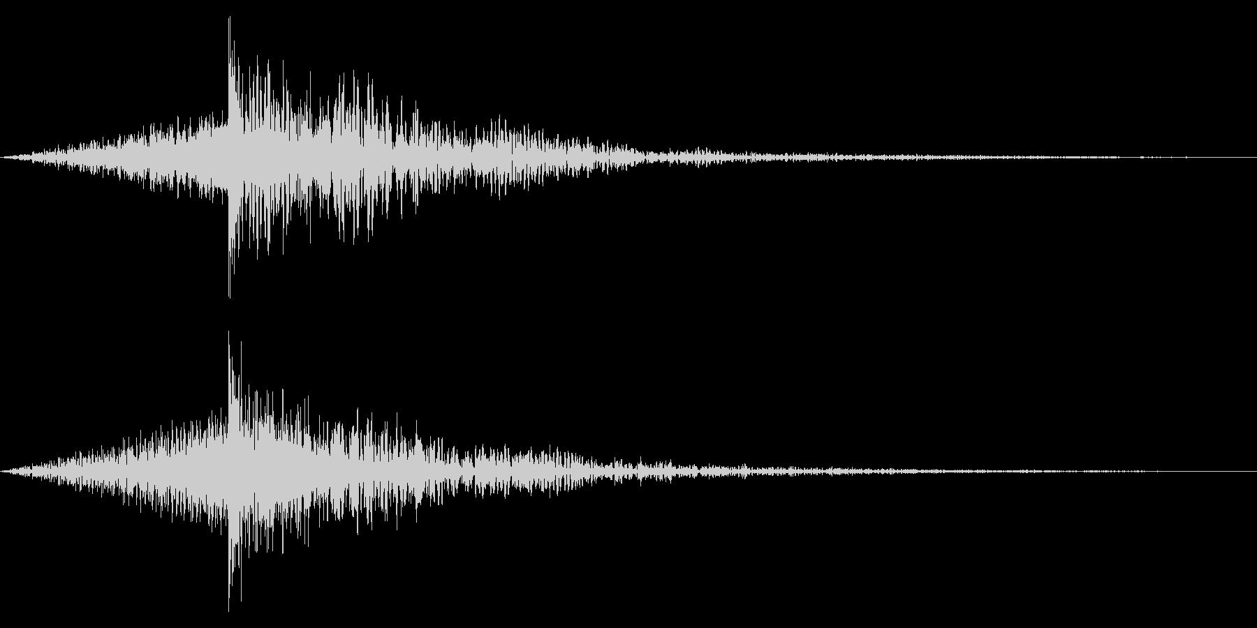 ホラー系アタック音131の未再生の波形