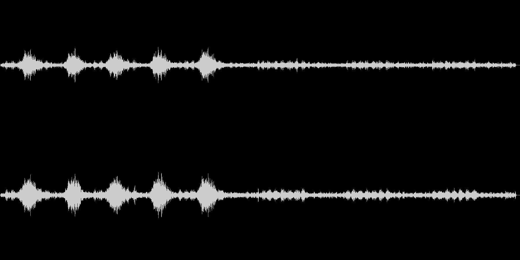 カァカァージジジ(カラスと虫の声)の未再生の波形