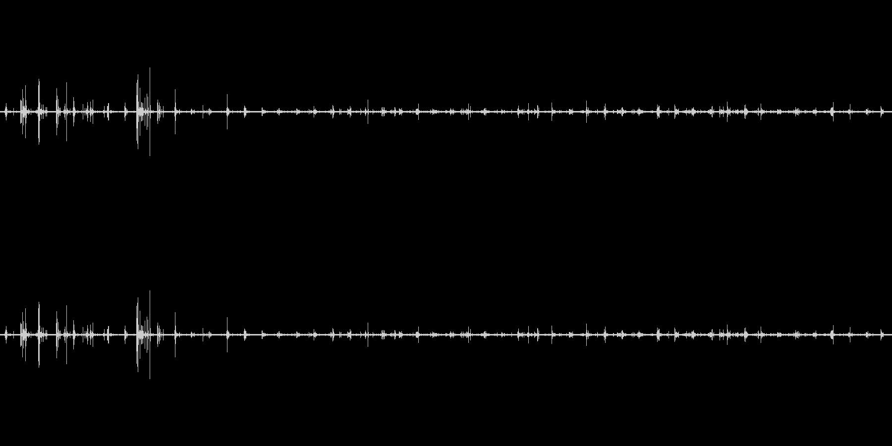 【生音】足音 - スニーカー 03の未再生の波形