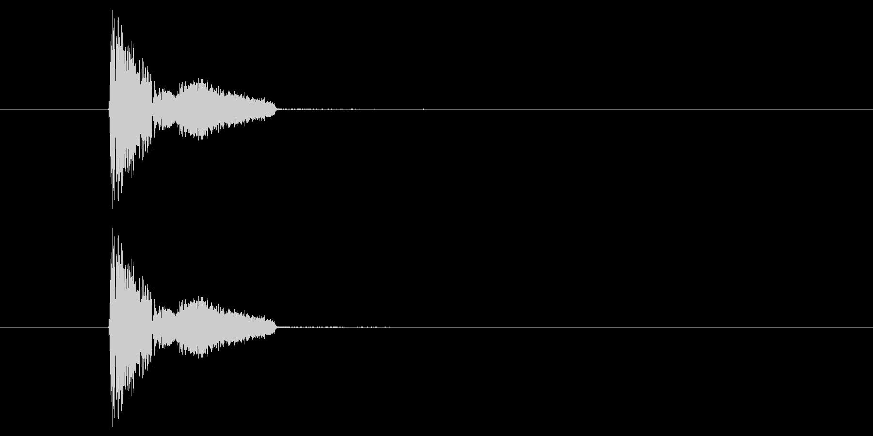 ザシュッ(斬撃音)の未再生の波形