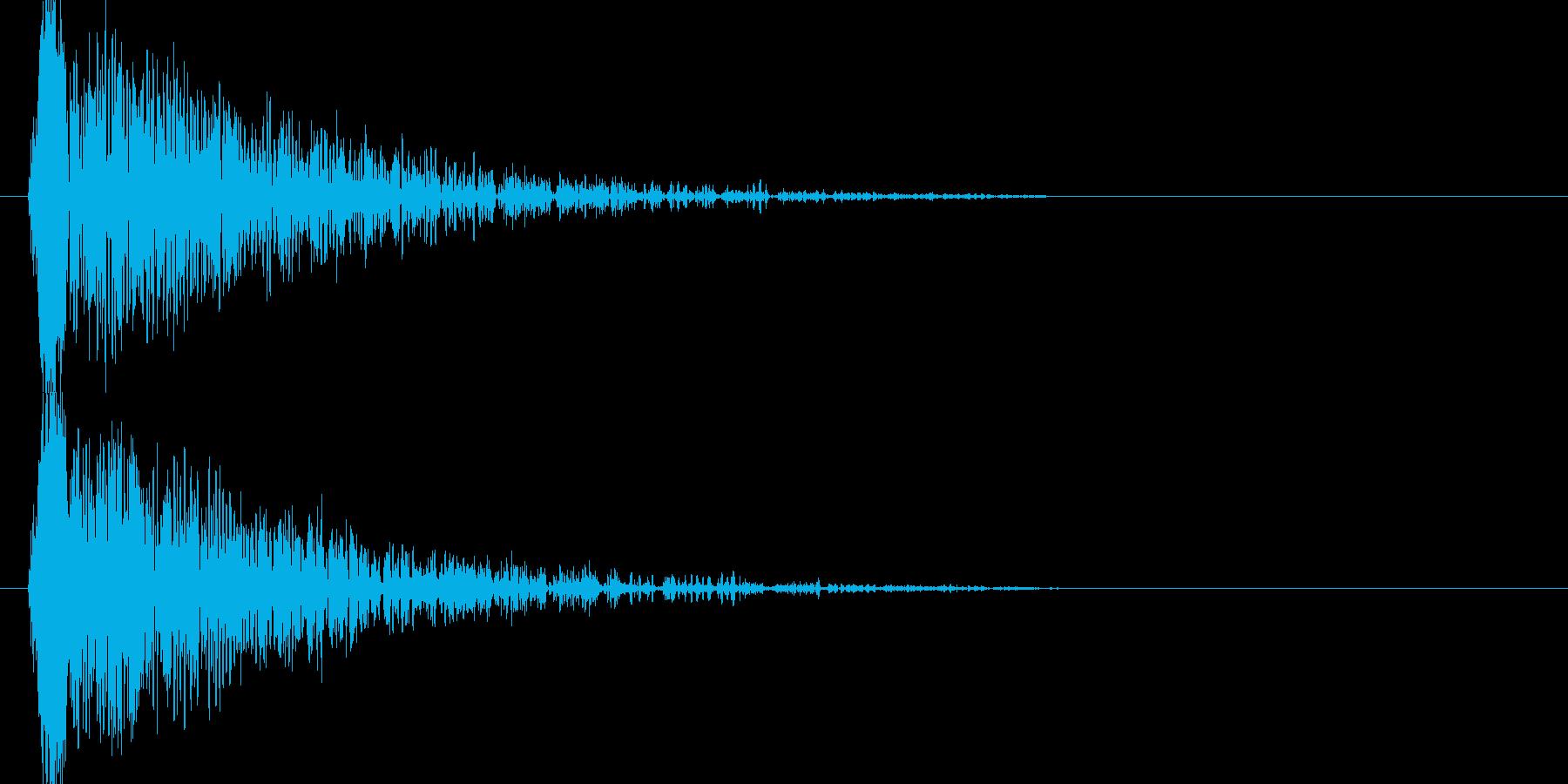ドゥーン、、ジリジリジリ(爆発音)の再生済みの波形