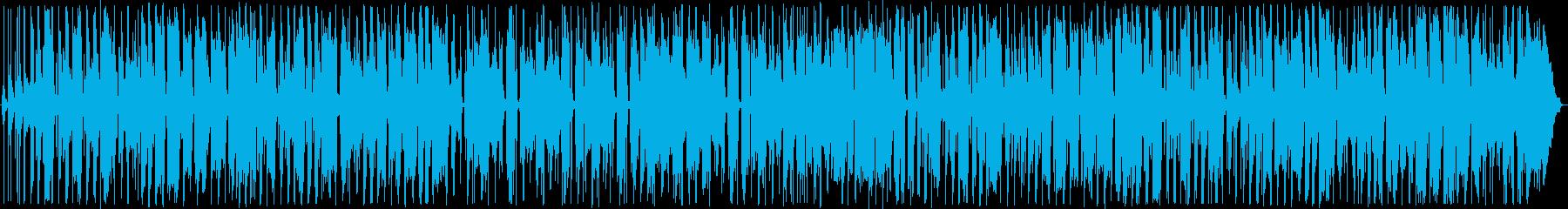 半袖のサンタ。《ジングルベル》をレゲエでの再生済みの波形