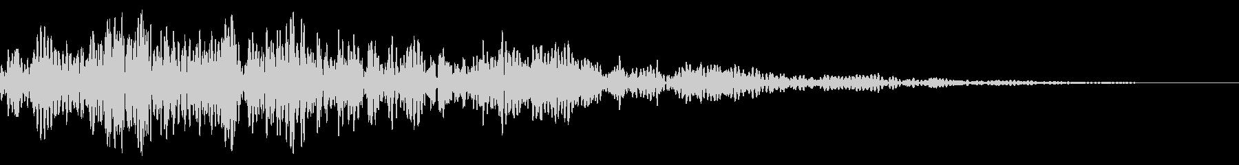 シネマティック/カットイン/風切り23bの未再生の波形