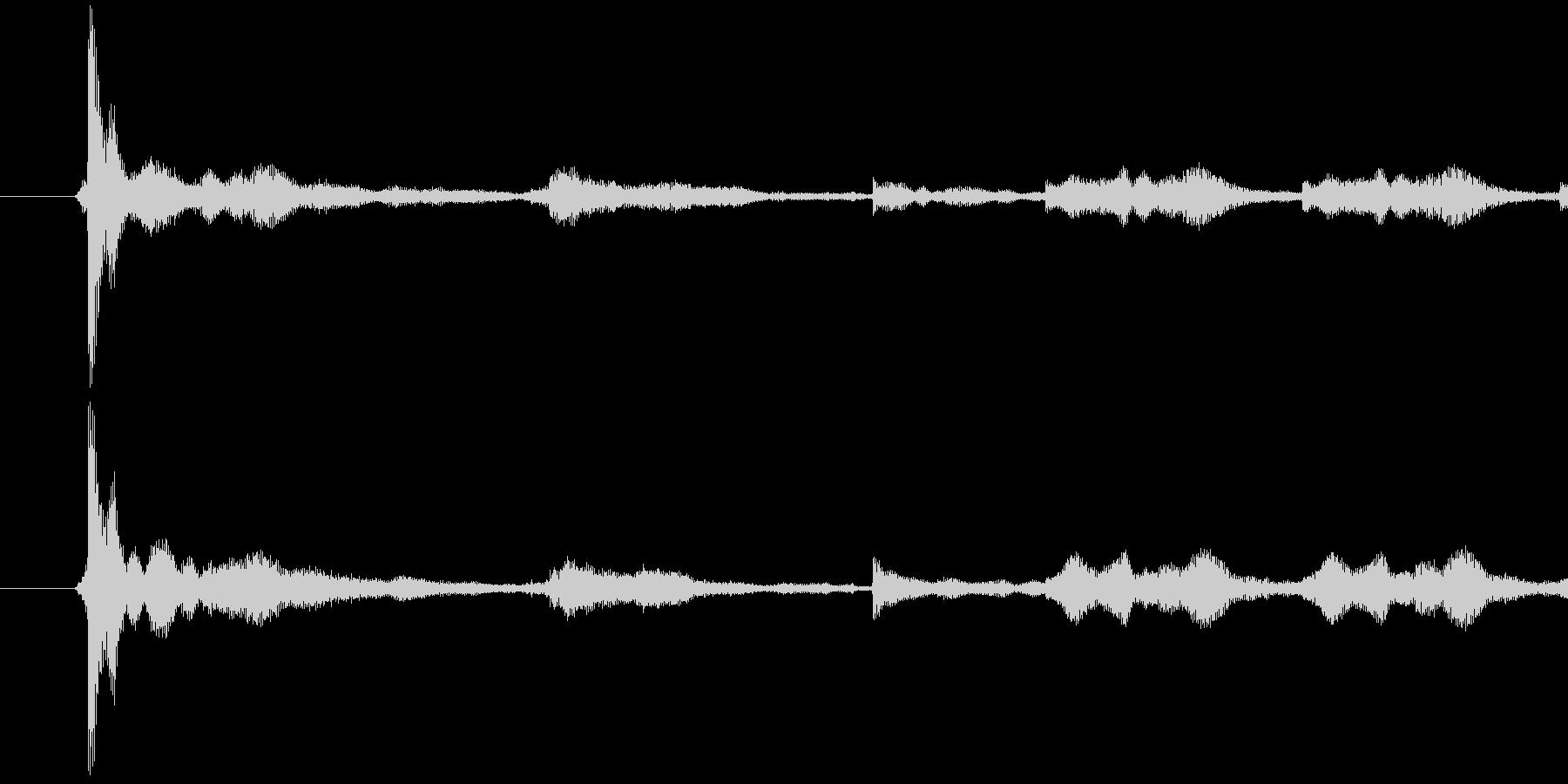 129_鍵を落とす音 チャリーンの未再生の波形