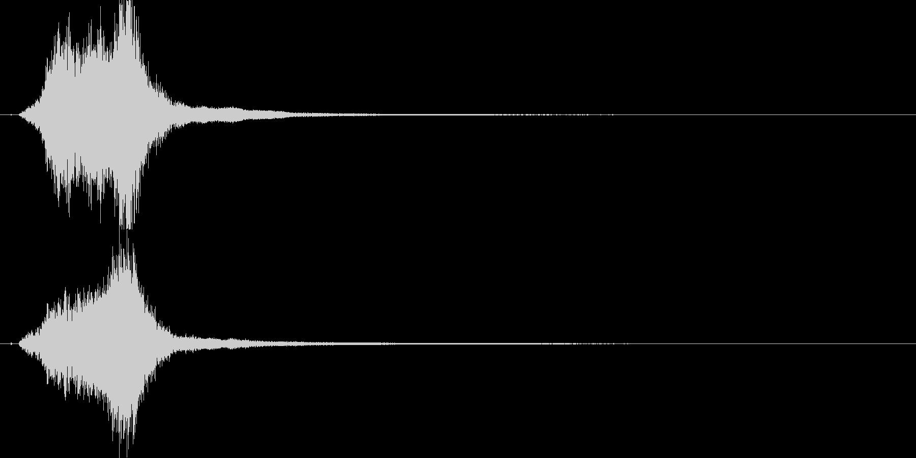 シャキーン!リアルな剣や刀の抜刀音!05の未再生の波形