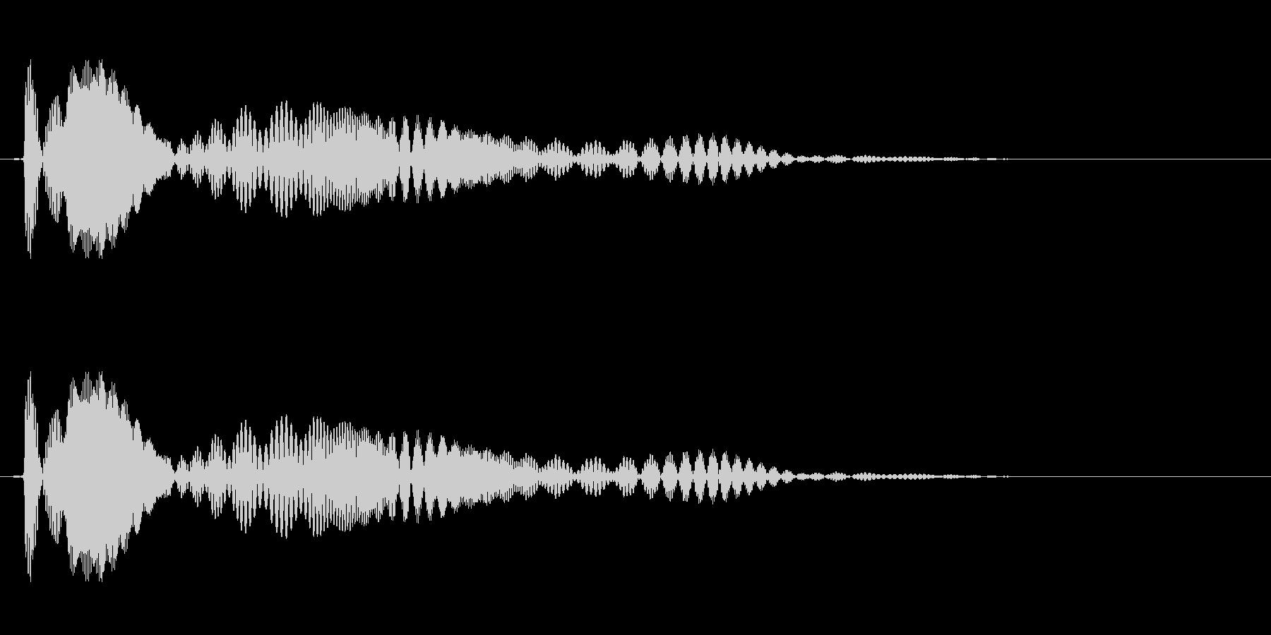 プワワァン(ぷるぷるした物が揺れる音)の未再生の波形