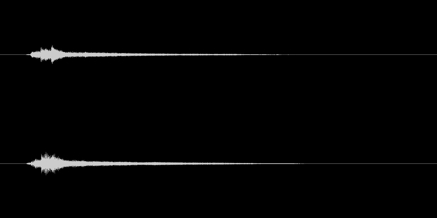 ピアノコードによるサウンドロゴ2の未再生の波形
