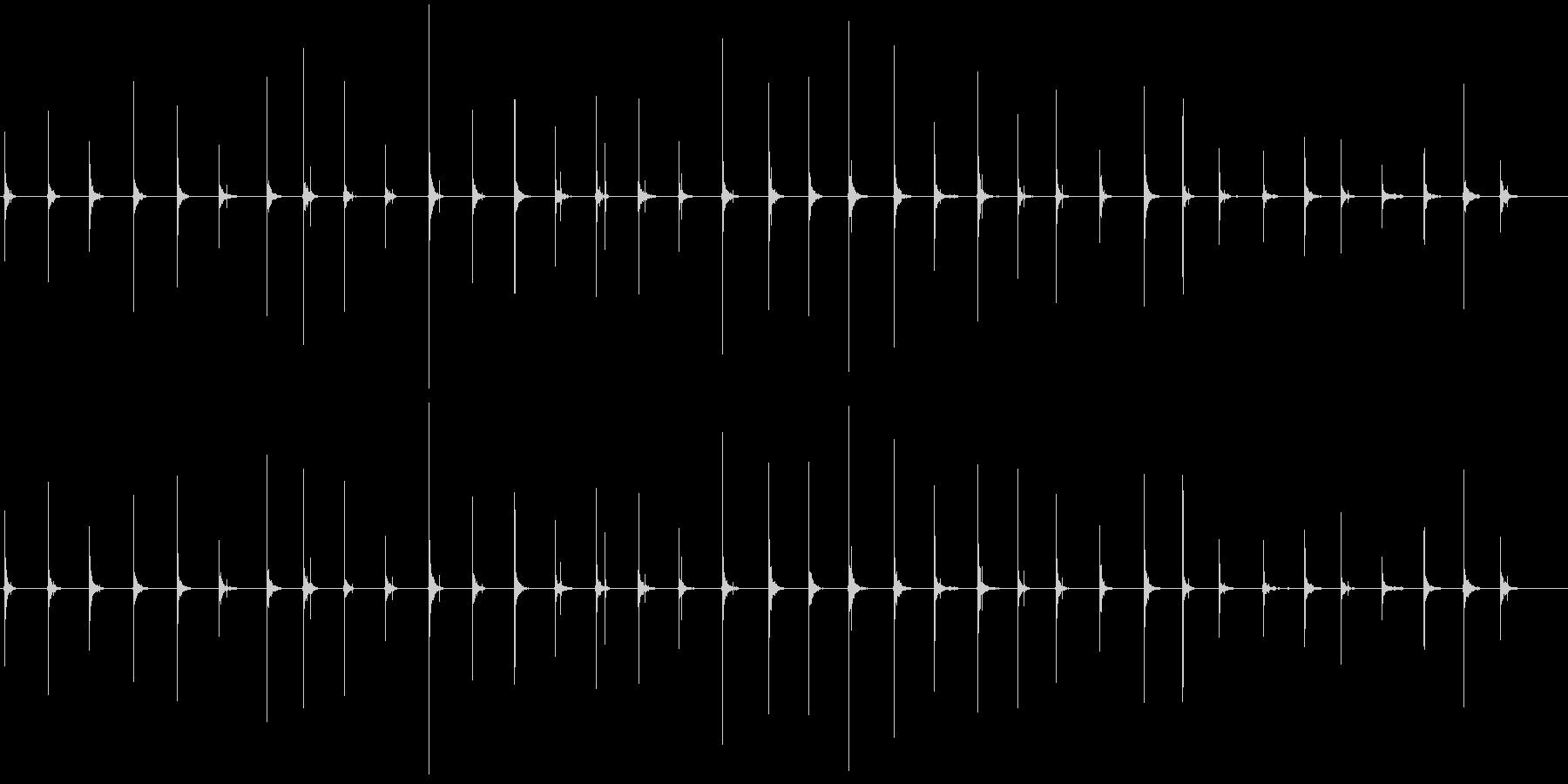 恐怖シリーズ8.ハイヒールで歩く音の未再生の波形