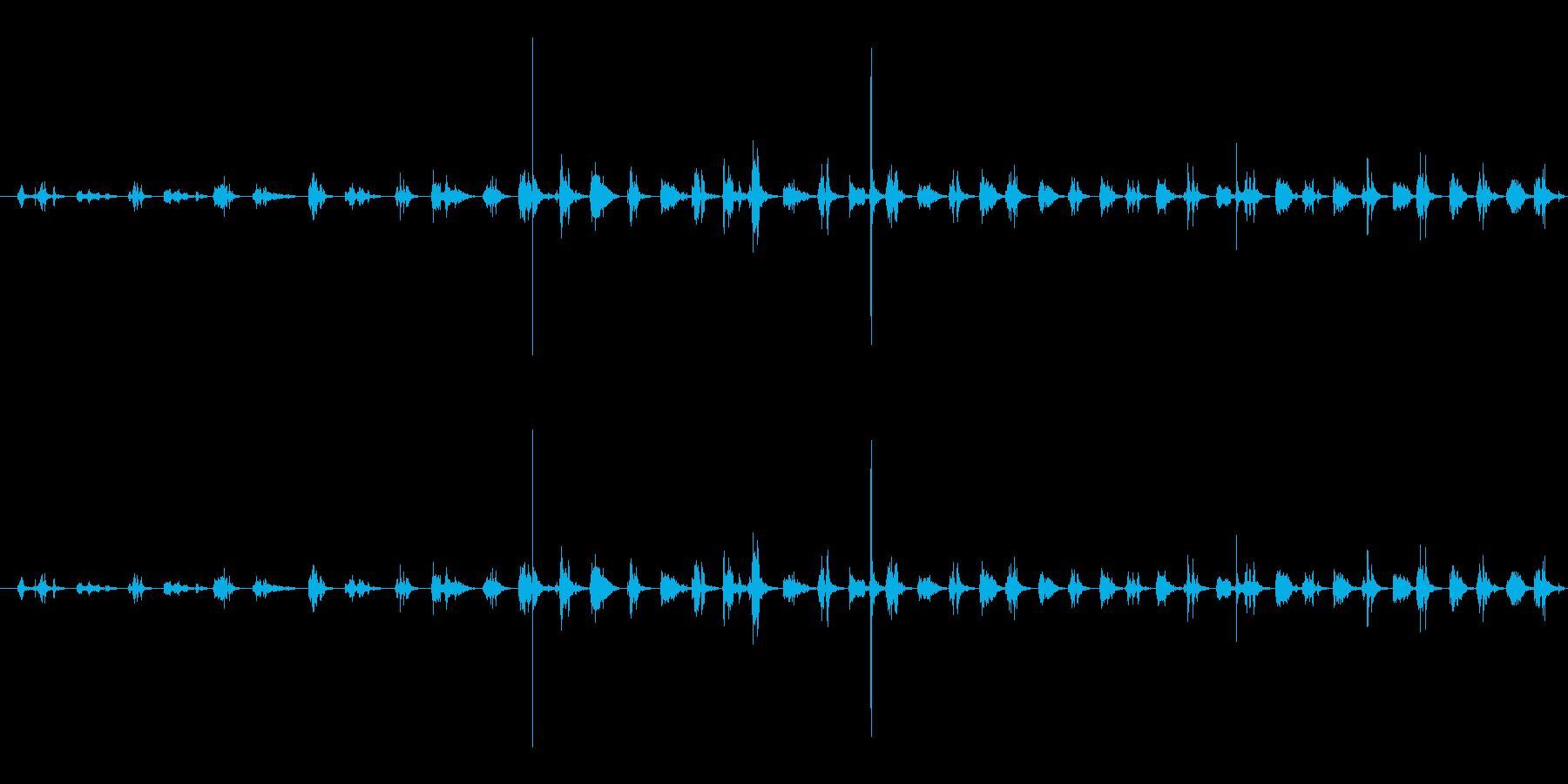 【生音】ちょきちょき・はさみで紙を切る音の再生済みの波形