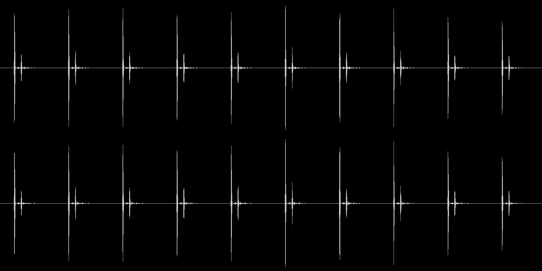チクタク(時計の秒針の音) 02の未再生の波形