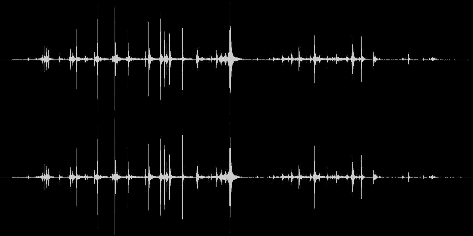 紙 カサコソ3の未再生の波形