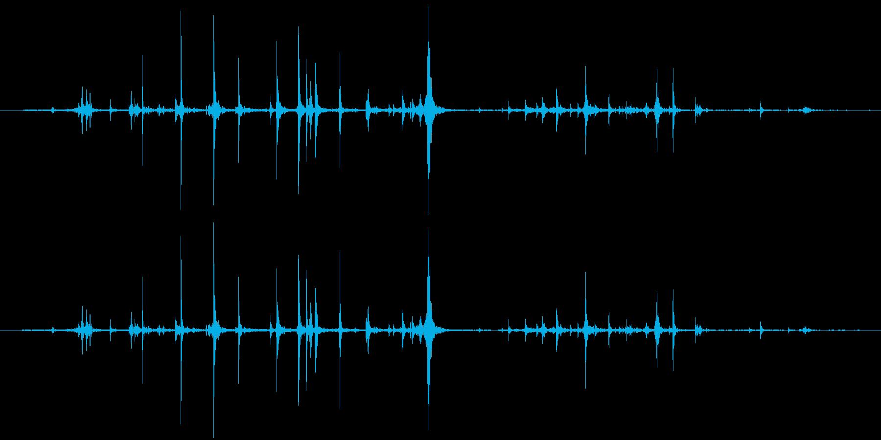 紙 カサコソ3の再生済みの波形
