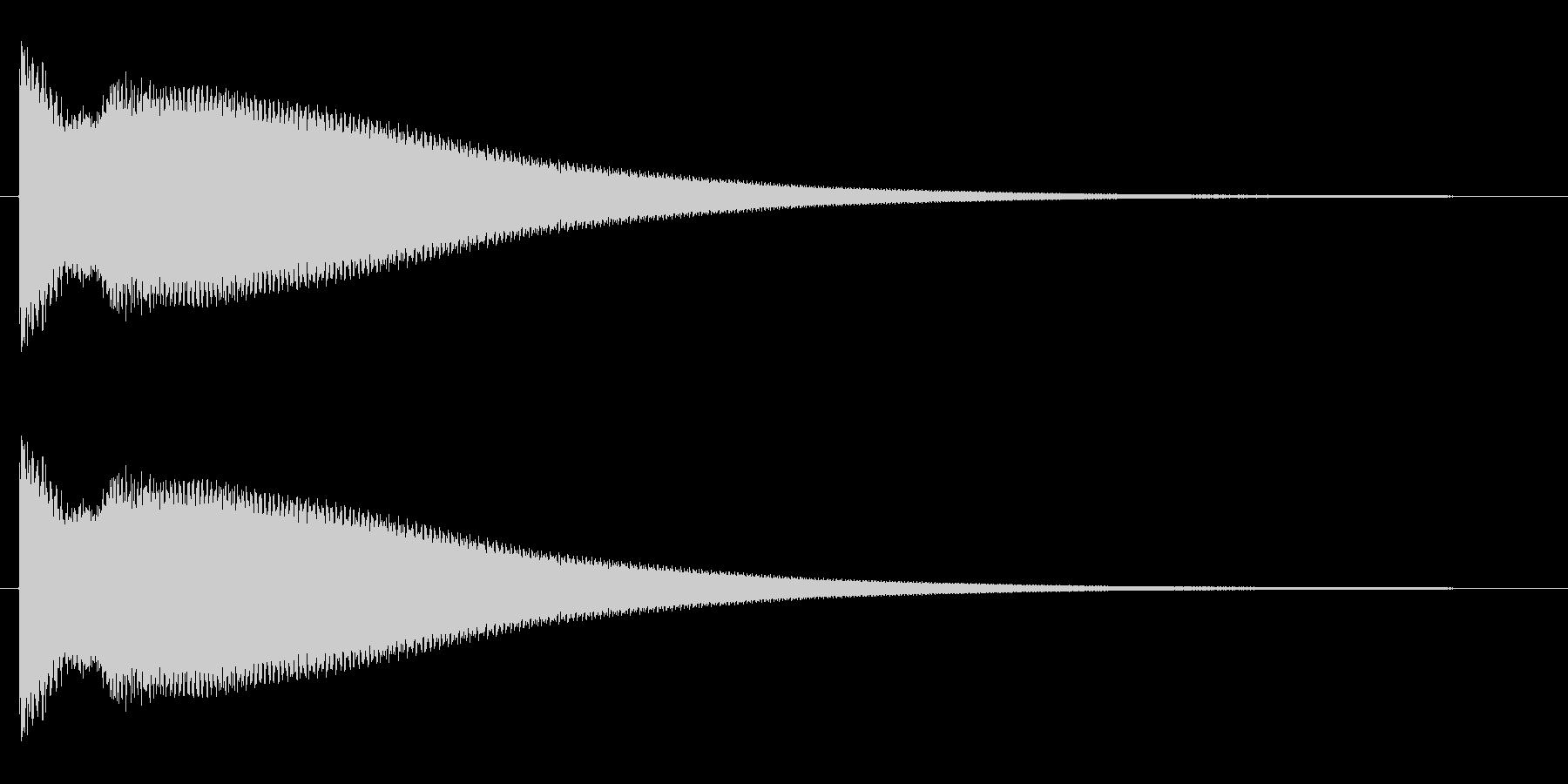 チ〜ン(高音の良く響くチャイム音)の未再生の波形