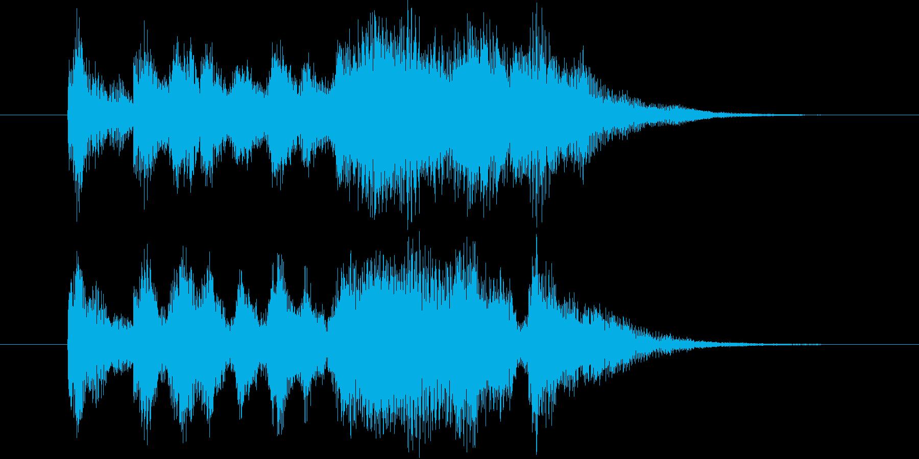 豪華で勢いのある弦楽器・打楽器サウンドの再生済みの波形