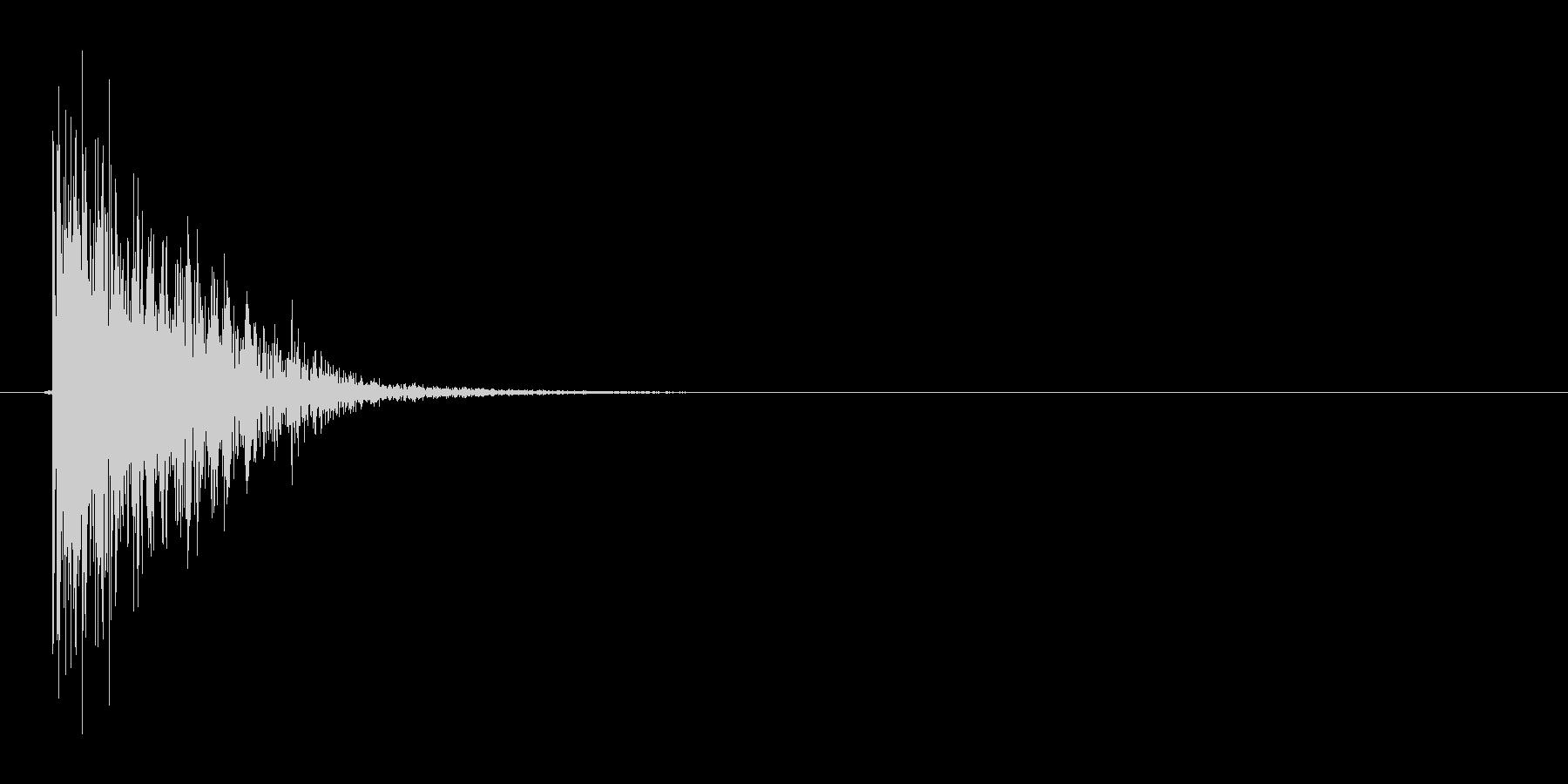 ドスッ(刺す、短剣、ダメージ)の未再生の波形