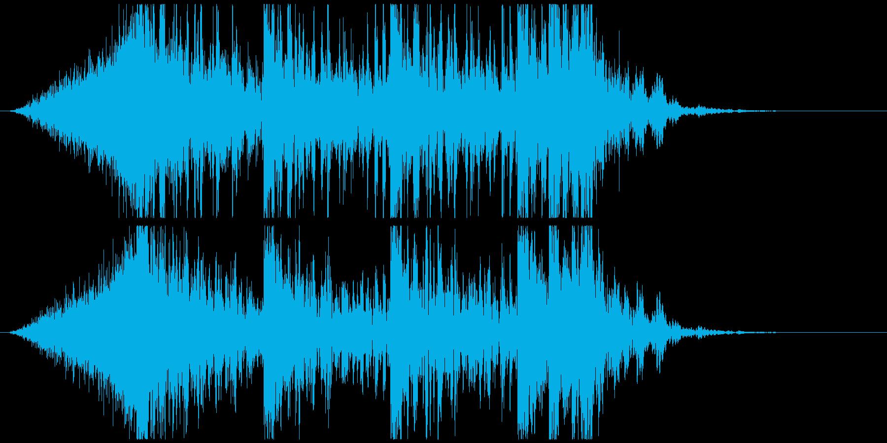 壮大で激しいリズムのサウンドロゴC(長)の再生済みの波形