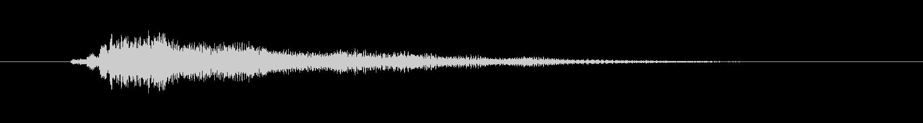 キラキラした弦楽器メロディーの未再生の波形