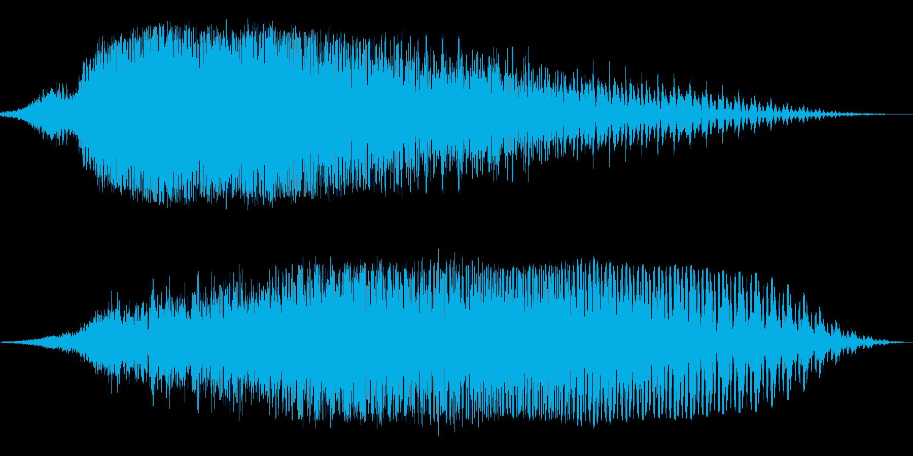 巨大宇宙船が通過する音の再生済みの波形