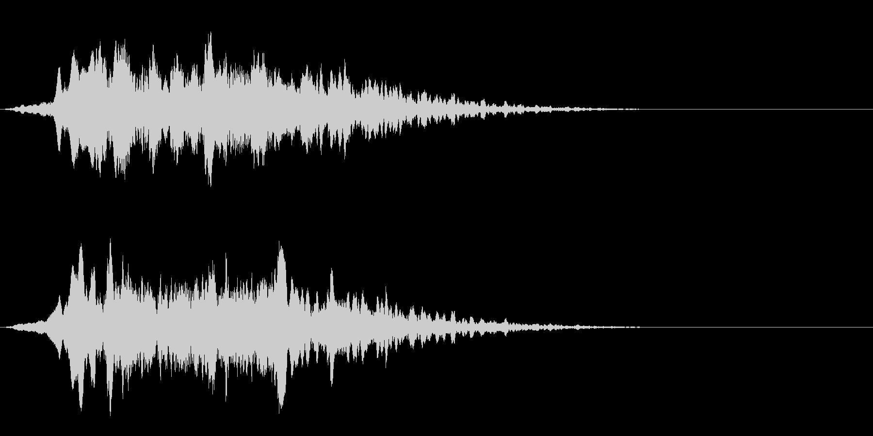 タイトルバック(ホラー、ミステリー)の未再生の波形