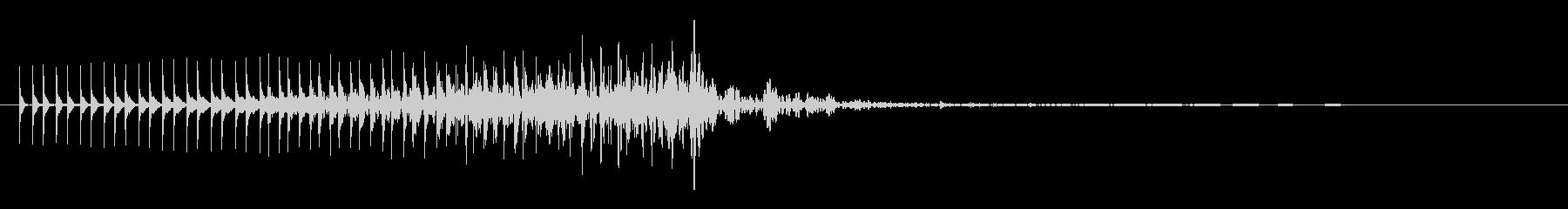 「ピロロロロン」というSFチックな効果音の未再生の波形