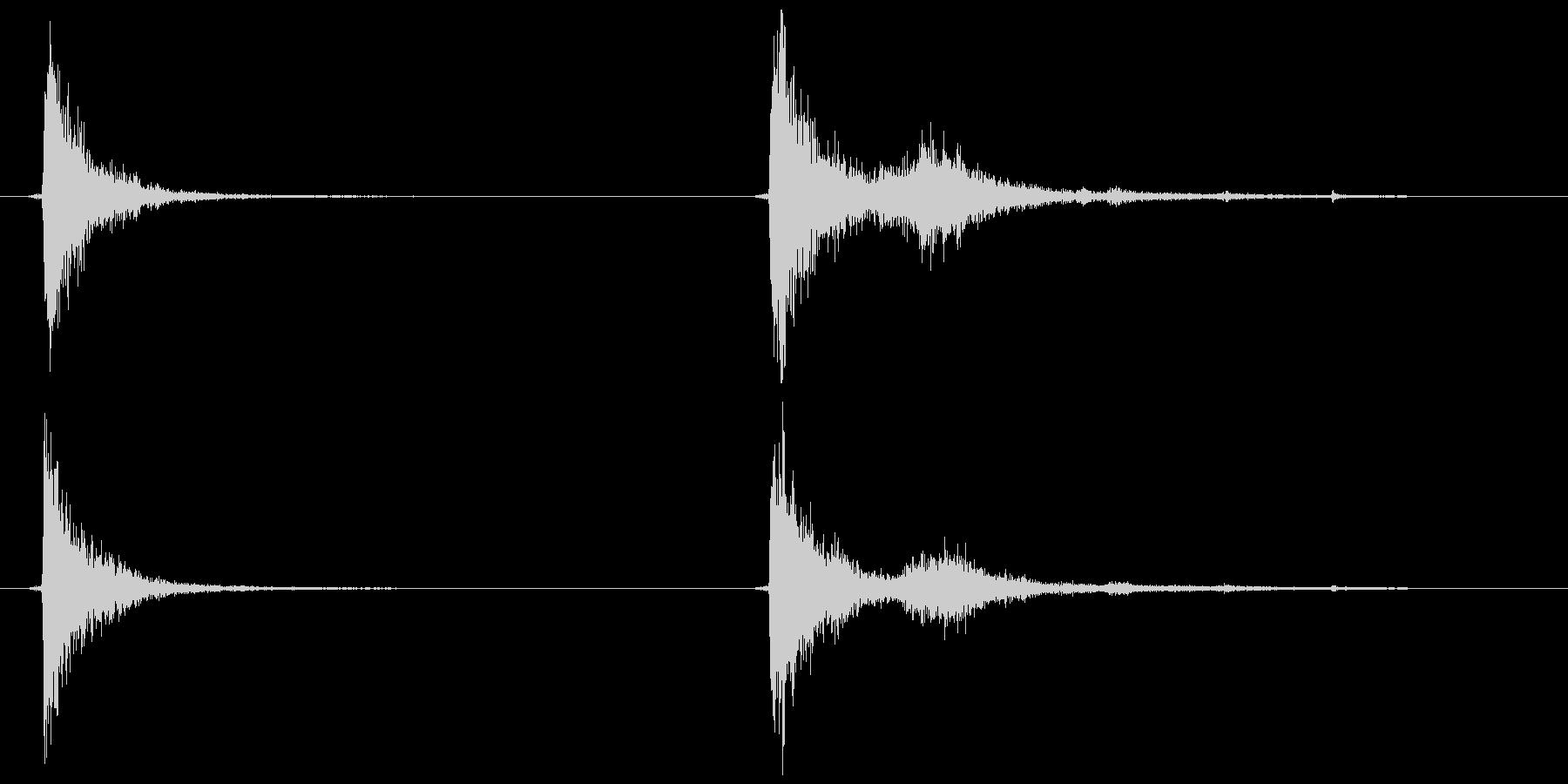 テレビ/ブラウン管 カッ、コッ+チリッの未再生の波形