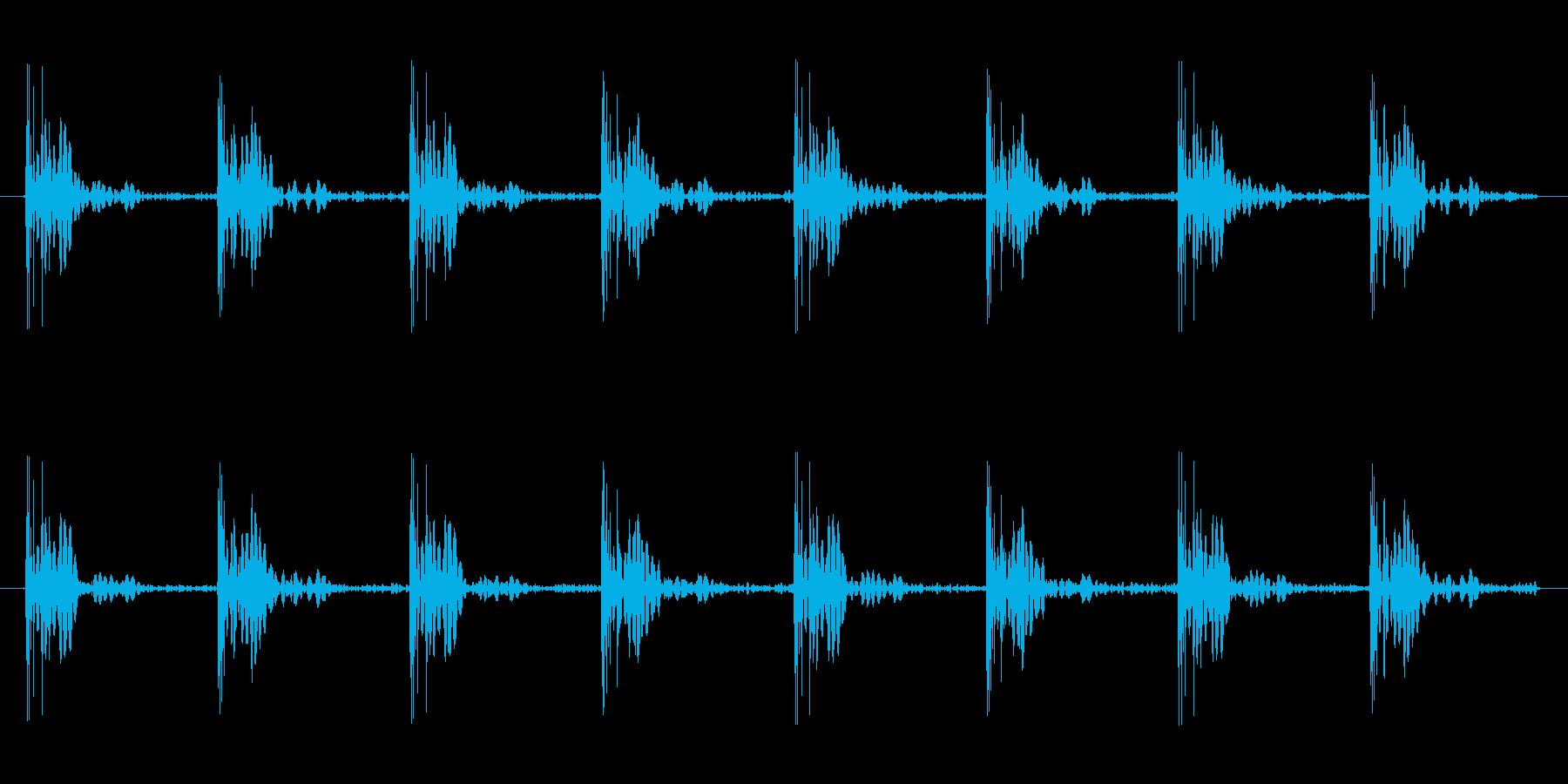 足音パターンCロング ダッシュ 駆け足の再生済みの波形