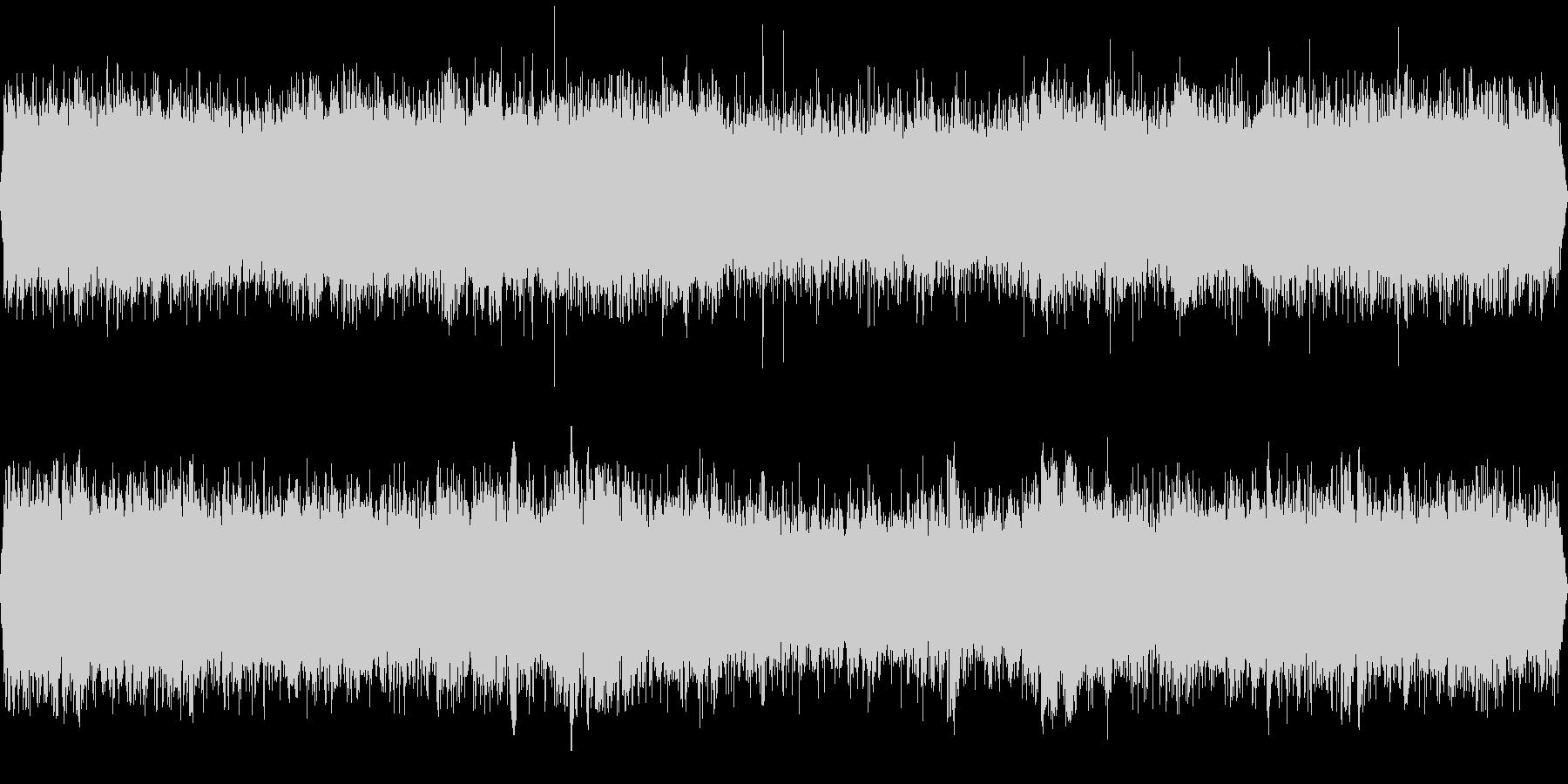 騒がしいイベントホール(環境音)の未再生の波形