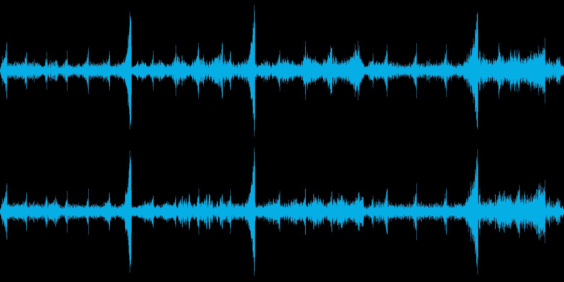レコードの巻き戻し(バックスピン)の再生済みの波形