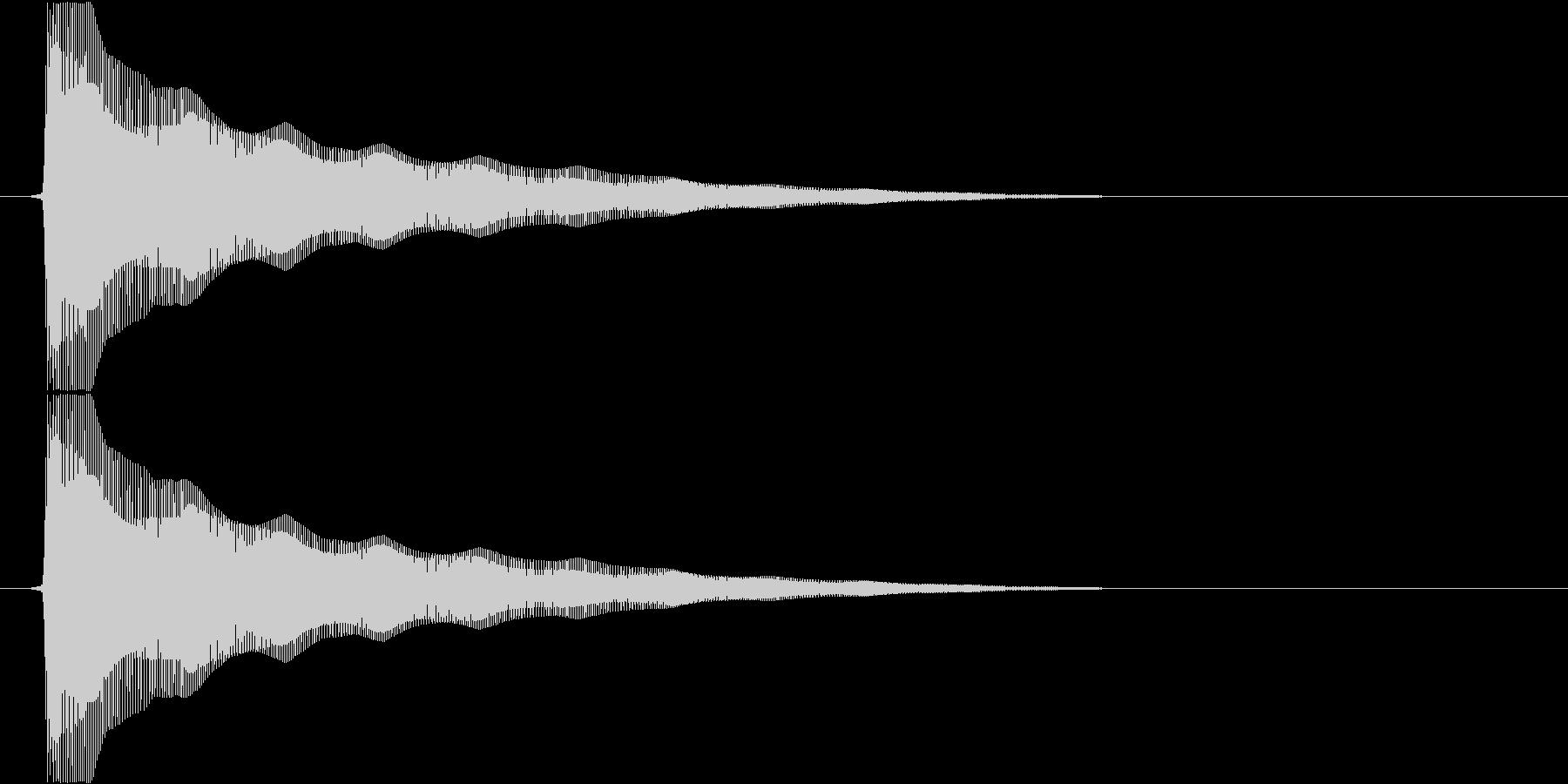 ビヨンヨンヨン…(バネ、まぬけ、高い)の未再生の波形
