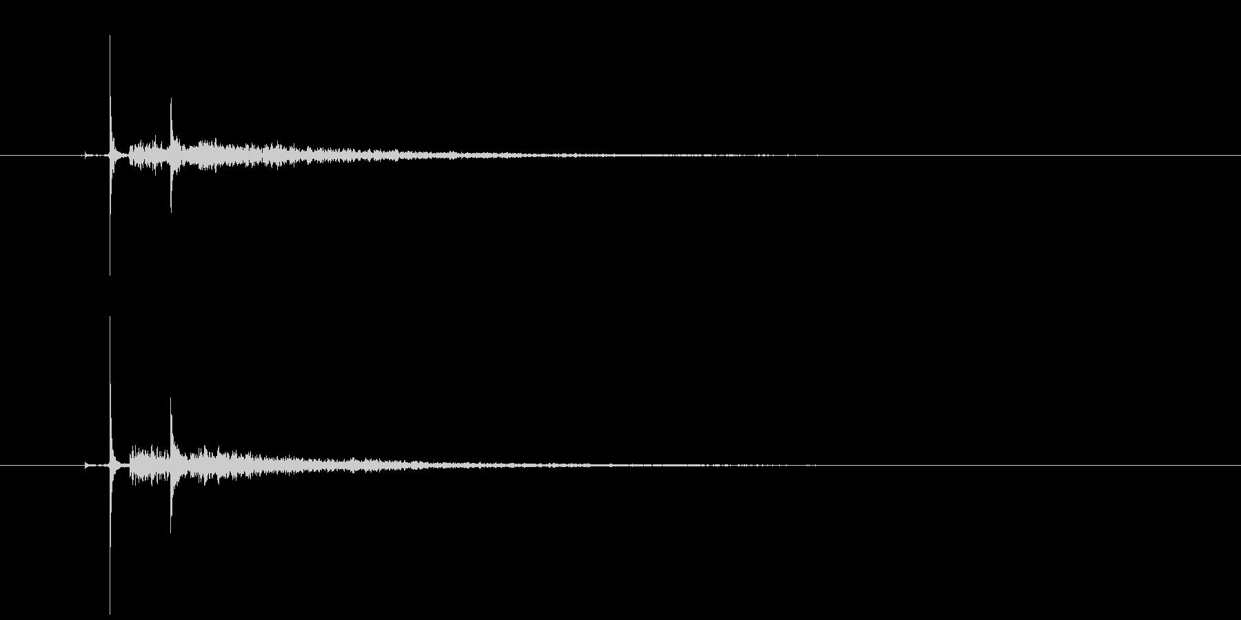 ピチャーン(水滴、エフェクト深め、洞窟)の未再生の波形