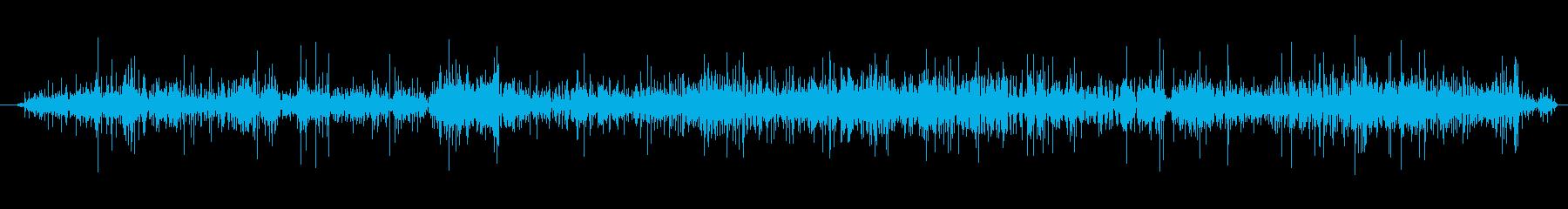 ビニールを手でクシャクシャする音の再生済みの波形