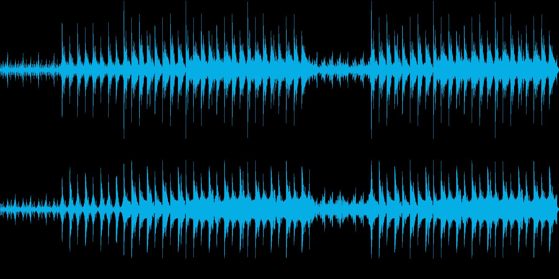 幻想的なピアノとシンセのエレクトロニカの再生済みの波形