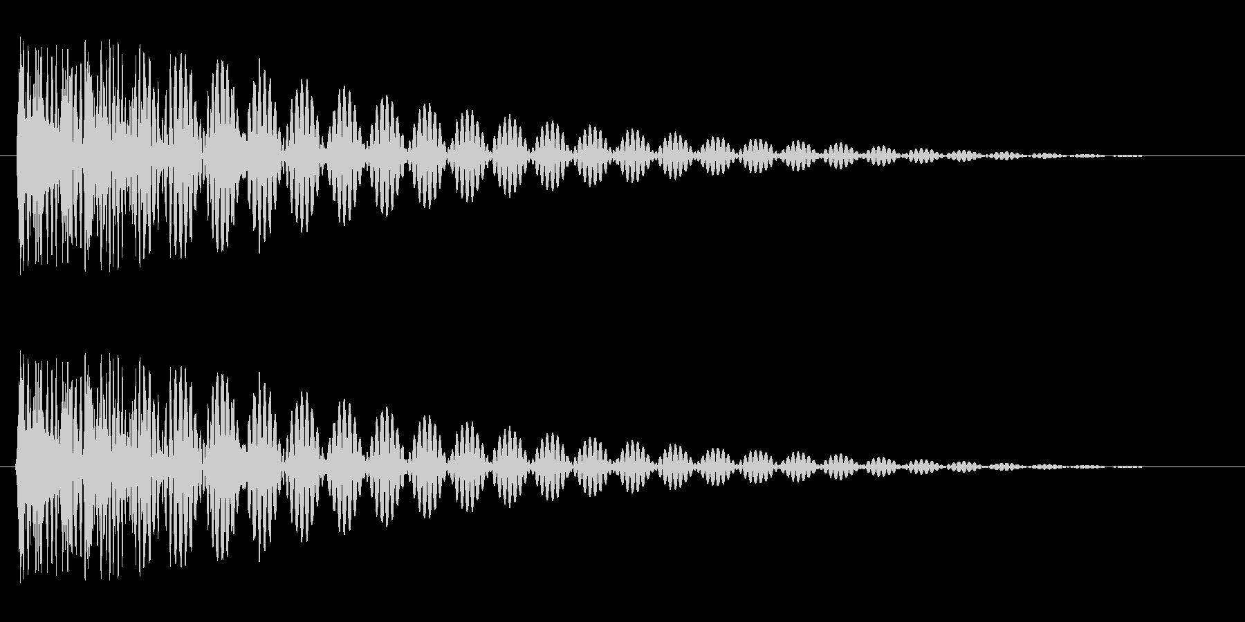 ドドン(太鼓を叩いたときの音)の未再生の波形