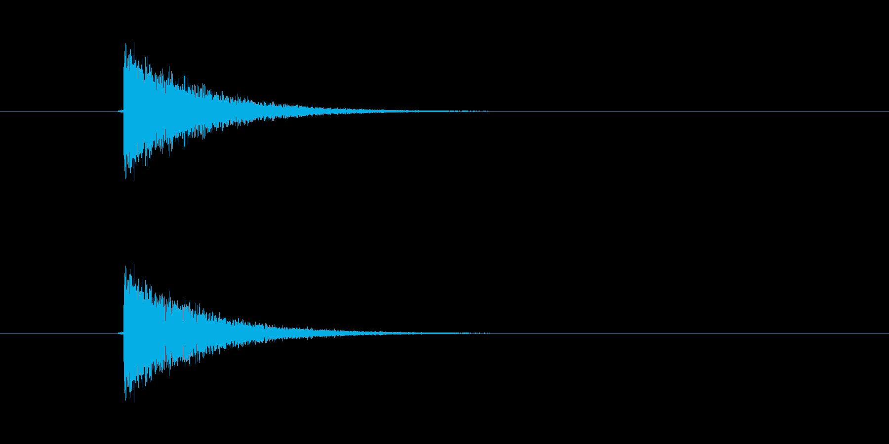 パシン! ひっぱたかれた効果音です。ム…の再生済みの波形