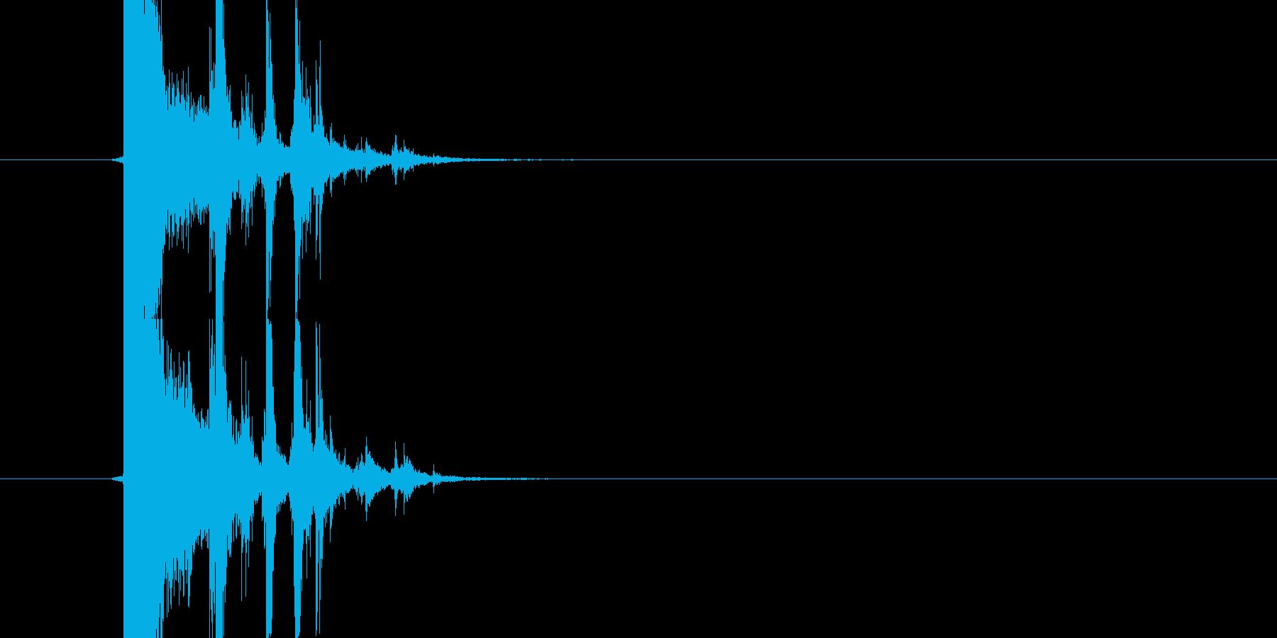 ガラスが割れる音(小)の再生済みの波形