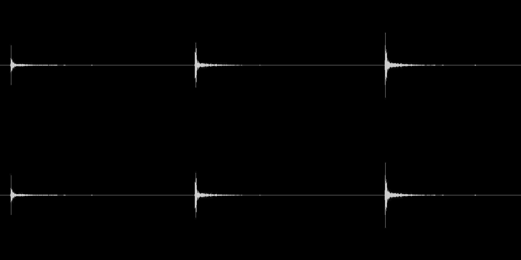 パンパンパン、たたく音の未再生の波形
