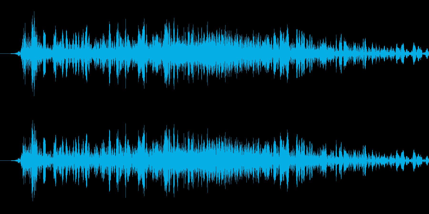 大剣で切る音の再生済みの波形