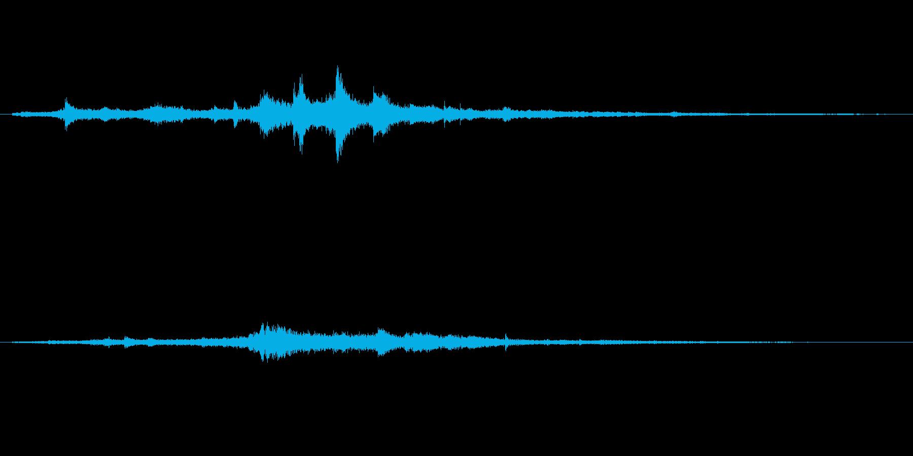 【SE 効果音】奇妙な音11の再生済みの波形