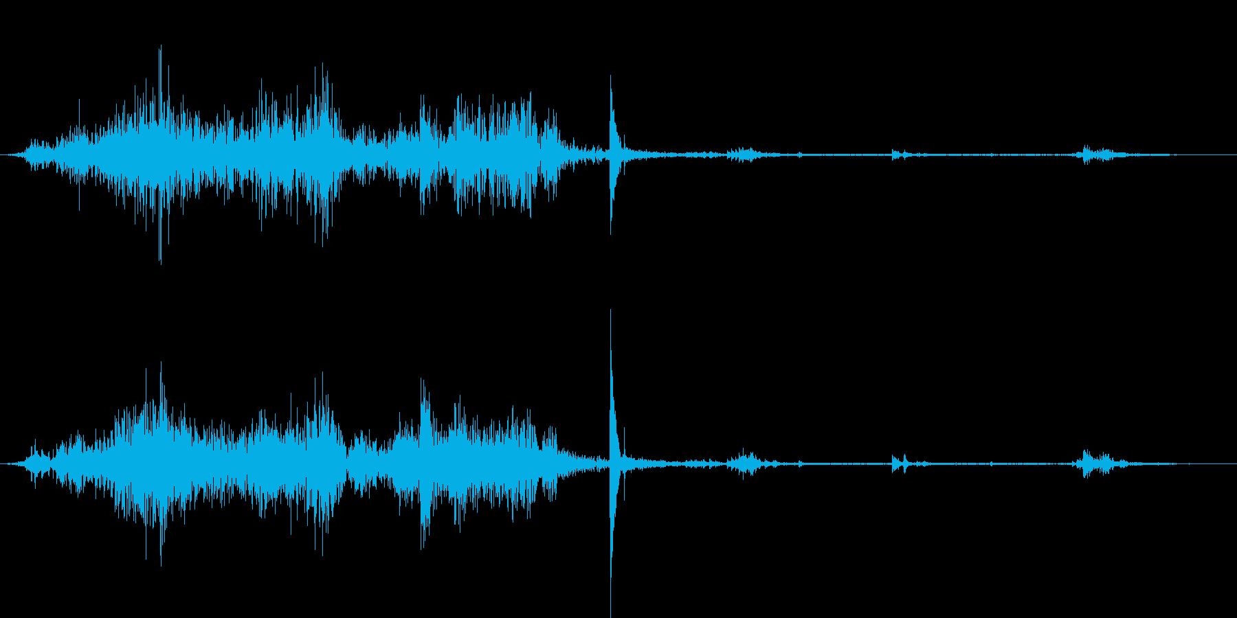 机の上のカギを急いで持っていく音の再生済みの波形