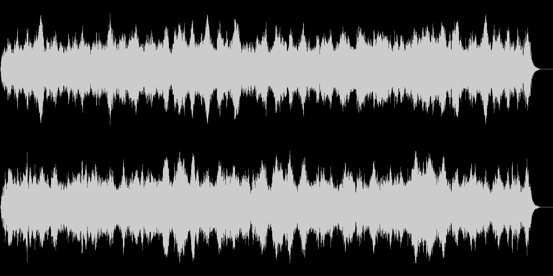 早朝の森に響き渡る静穏なアンビ系BGMの未再生の波形
