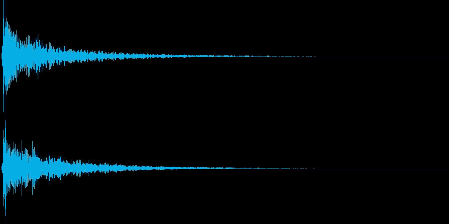 遠くへ響く神秘的な深いリバーブ音の再生済みの波形