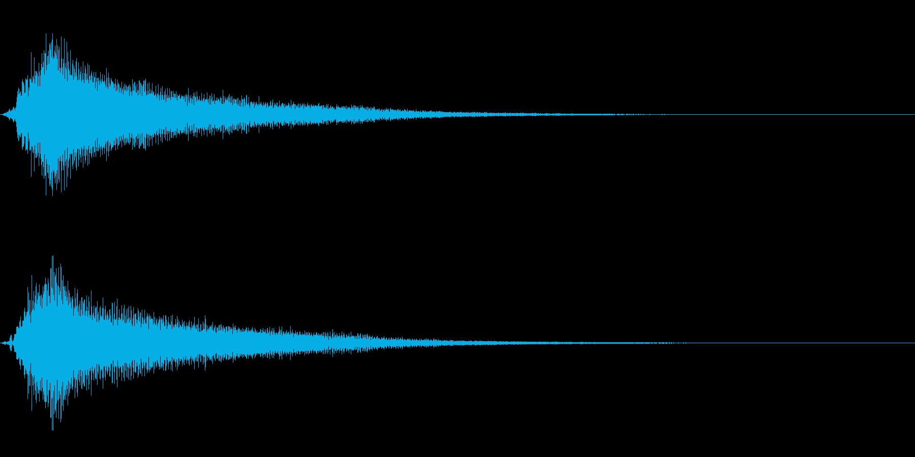 サスペンスに最適!ピアノの弦を弄ぶ音30の再生済みの波形