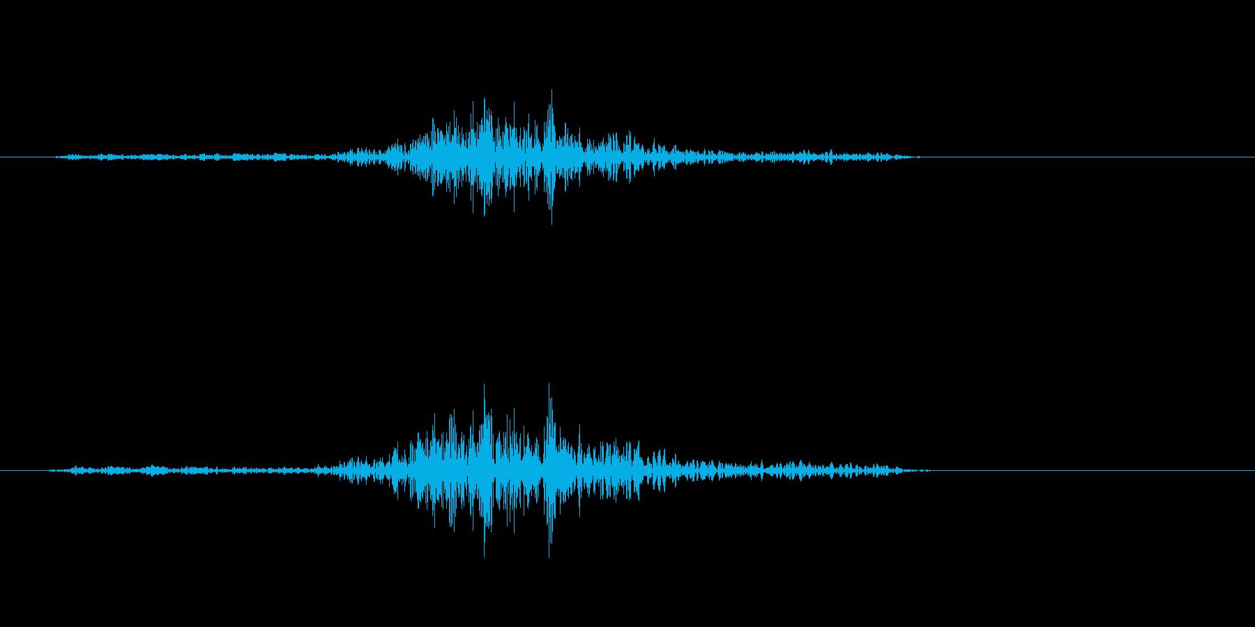 シュッと言うような字を書く音の再生済みの波形